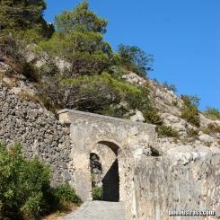 Entrevaux - Chemin de la Citadelle